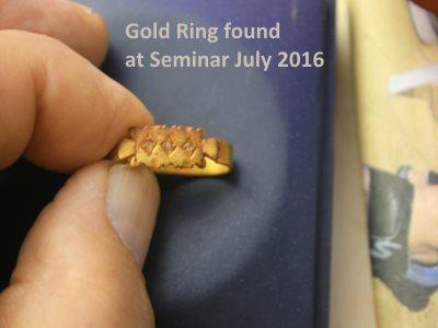 gold ring found at Seminar